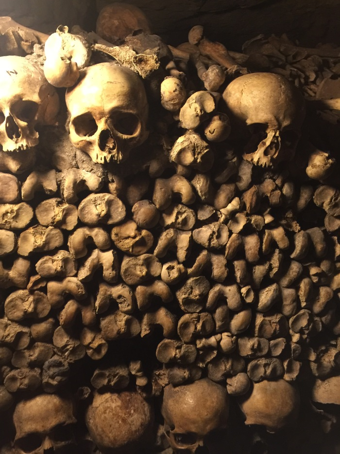 Skulls and femurs and bones, oh my! Our last day in Paris 2017