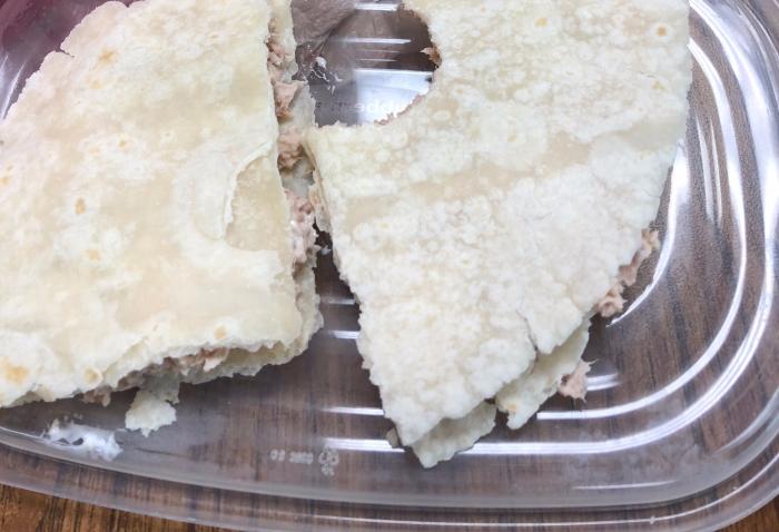 tuna-on-gluten-free-tort.jpg